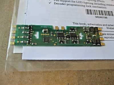 NCE #05240106 DA-SR Decoder For Some Atlas, Athearn Genesis, Kato Stewart (HO)
