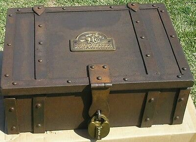 Winchester Old West Western Metal Stagecoach Strong Box Trunk