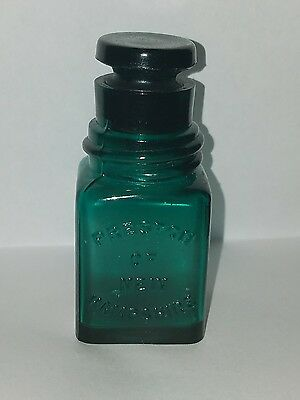 Early smelling salt jar PRESTON'S OF NEW HAMPSHIRE  teal  w/glass stopper