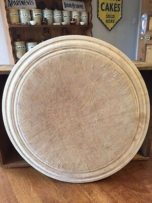 Vintage Well-Worn Traditional Wooden Bread Board – Kitchenalia – Shabby! –
