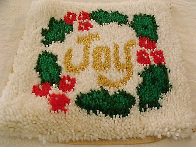 Completed Latch Hook Christmas Pillow Cover Wall Hanging JOY Wreath About 15x15
