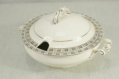 """Johnson Bros. The Orkney small covered Tureen CASSEROLE 1920's. 8"""" Handled. VGC"""