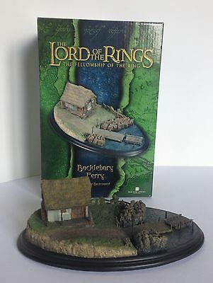 Sideshow Weta Lord Of The Rings Bucklebury Ferry
