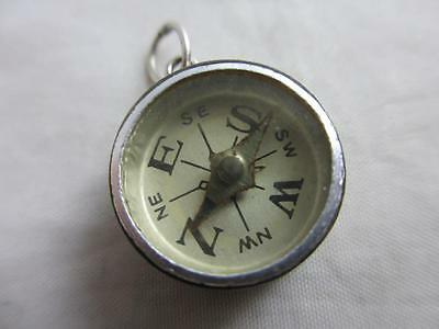 Sterling silver compass pendant fob charm vintage c1960. tbj02246