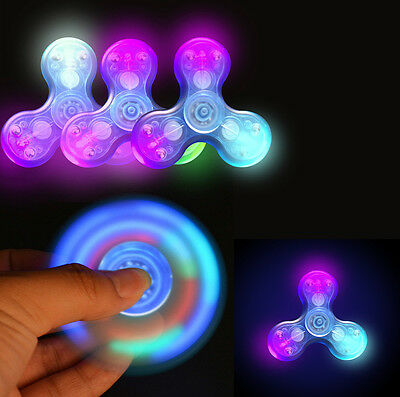 LED Glowing Fidget Hand Tri Spinner Finger EDC Konzentration Fingertip Gyro Toys