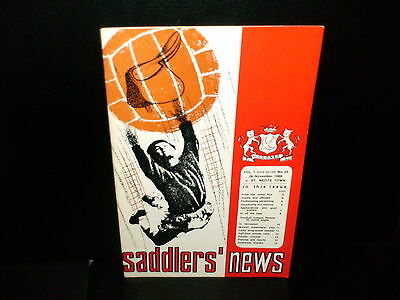 1966/1967  Swindon  Town  V.  St. Neots Town    Fa   Cup  Match.