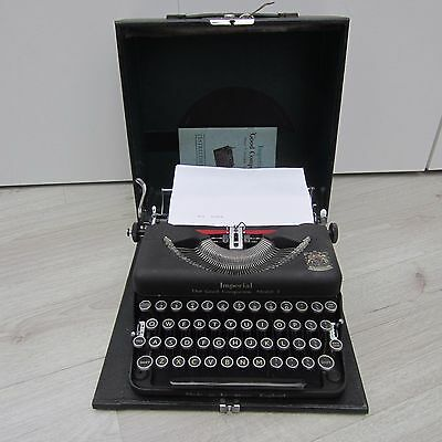 Vintage Imperial ' The Good Companion' Model T Typewriter And Case