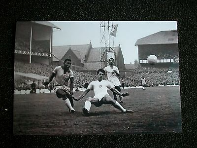 "EVERTON WORLD CUP 1966  BRAZIL ACTION  PELE   Team 6""x4""  PHOTO  REPRINT"