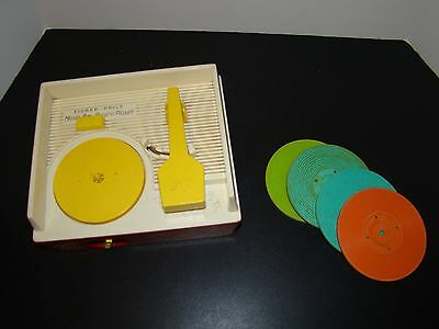 Vintage 1971 Fisher Price #995 Music Box Record Player With Records
