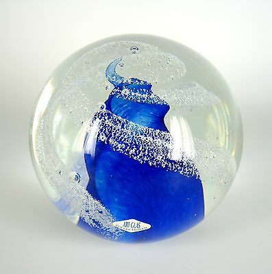 Glas Briefbeschwerer Label Art Glas Collectionen Glass Paperweight RARE XXX