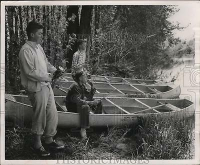 1934 Press Photo Boy scouts fished as they stopped for lunch at Ehlers Park