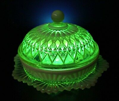 Delightful Citrine Coloured Uranium Glass Sweets Or Jewellery Comport No Damage