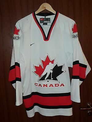 Canada Ice Hockey Nike Jersey Shirt Sweater Size M Olympic games Canadian team