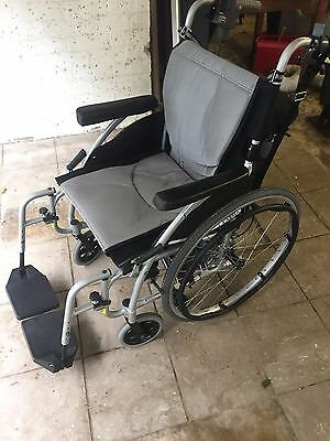 KARMA - Ergo 115 - Lightweight self propelled wheelchair + power pack