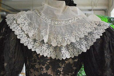 Antique Very Fine Hand Brussels Lace Applique And Net Fichu