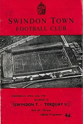 Football Programme>SWINDON TOWN v TORQUAY UNITED Apr 1961
