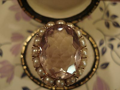 Beautiful Vintage; Large Glittering Amethyst Gem & 16 Seed Pearls 9CT Gold Ring