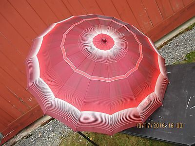 "Vintage Rain Umbrella Cracked Lucite Handle  24"" Pretty Shades Of Red & White"