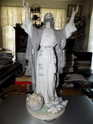 Vintage Lladro Fine Porcelain Figure Of Jesus Christ 5896 Retired Perfect Piece
