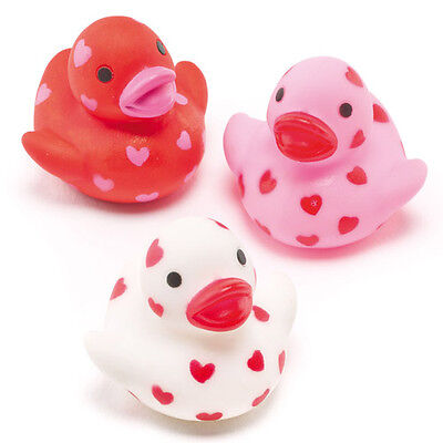 Mini Heart Rubber Ducks Perfect Party Bag Filler for Children (Pack of 6)