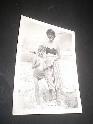 social history 1930's cute boy BATHING COSTUME MUM fashion photograph 3.3'inch