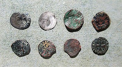 APG 8 Hammered Crusader Coins from Cyprus - unattributed - includes silver
