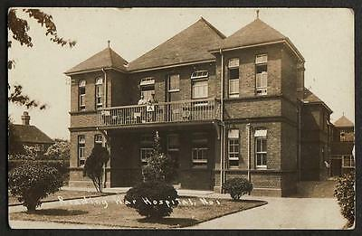 REAL PHOTO POSTCARD WAR HOSPITAL No 1 READING BERKSHIRE 1919 BATTLE HOSPITAL