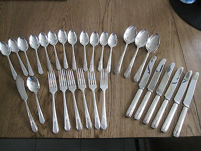 Vintage Wm Rogers Silver Overlaid Oneida Ltd Flatware 29 Piece Set