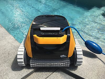 Poolroboter Poolsauger Dolphin E20 Poolreiniger Schwimmbad Roboter Pool Mod 2018