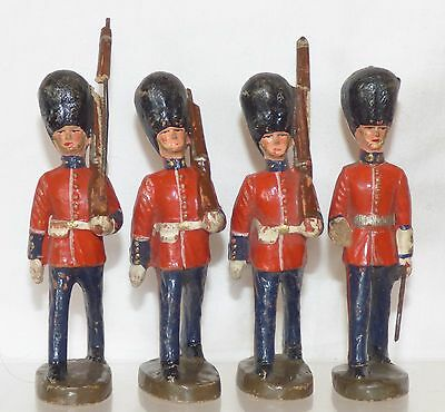 CF01 - RM Belgium Composition 4 British Guards. Overall height 83mm.