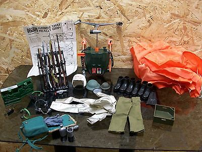 Job Lot of Vintage Action Man Equipment Including Turbo Copter & Parachute