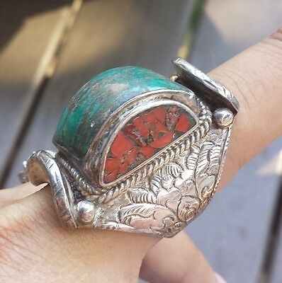 Unique Vintage HUGE HEAVY Sterling Silver Turquoise Red Coral Ring