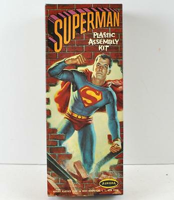 Vintage 1963 SUPERMAN AURORA MODEL Kit No. 462-9b Made in the U.S.A.