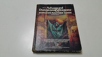 Official Advanced Dungeons & Dragons Dungeon Masters Guide 2011