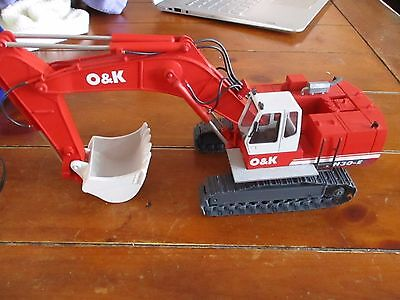 OHS O&K RH30E Track hoe Excavator Backhoe 1/48 Great condition