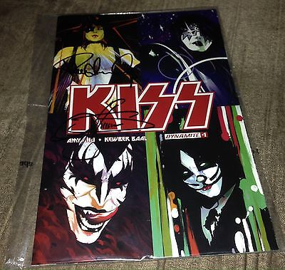 Kiss #1 Variant Signed By Paul Stanley & Gene Simmons 2016 Rare Comic Amy Chu