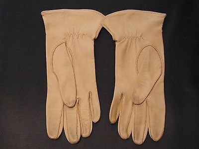 Vintage leather ladies gloves DENTS made D Cumberland size 6 1/4