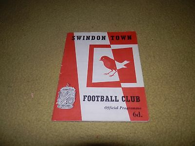 Swindon Town v Southend Utd - League Cup 3rd round at County ground in 1963