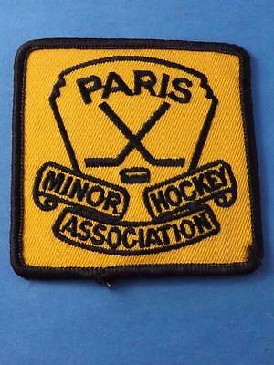 Paris Minor Hockey Patch Vintage Ontario Canada Badge Collector