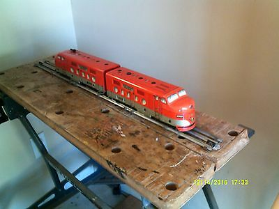 Marx Trains tin AA 6000 Southern Pacific Diesel, looks and runs well
