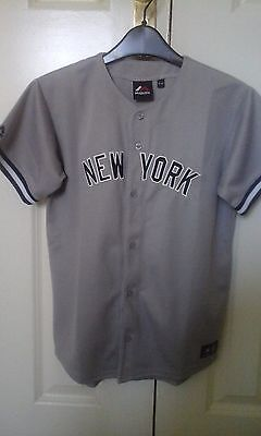 Boys 10-12yrs Majestic Athletic Baseball NEW YORK Top