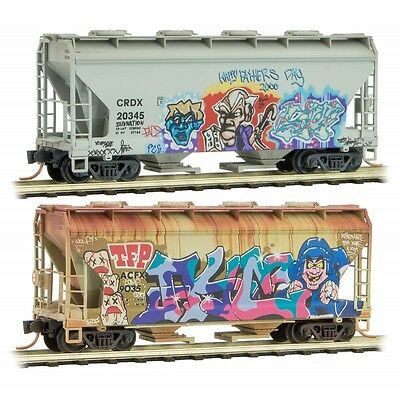 Micro-Trains MTL N Father's Day Graffiti 2 Pack 2 Bay Covered Hoppers 99305410