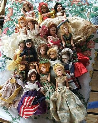 Storybook Dolls lot of 17