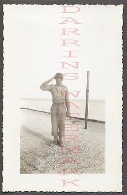 Vintage Photo WWII Army Soldier Saluting 771162