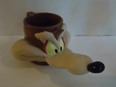 Vintage 1998 WILE E COYOTE Looney Tunes Head Face Plastic Cup with Handle