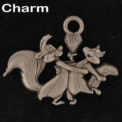 CHARM Pepe Le Pew WARNER BROS LOONEY TUNES WB STORE Pewter HEART LUV 4271