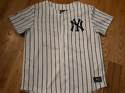 New york yankees jersey age 12/13 years