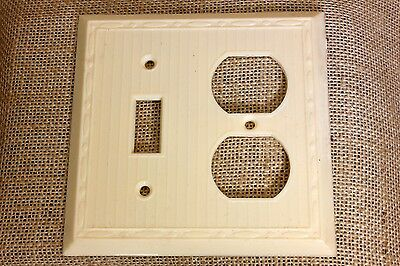 double Switch Recptacle Plate Off White plastic vintage NEW OLD STOCK 1940's USA