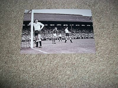 "MANCHESTER UNITED at FULHAM  Denis Law George Cohen 1960s   6""x4""  REPRINT"