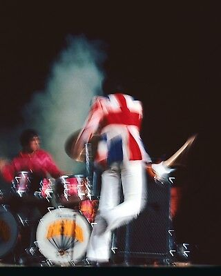 "The Who 10"" x 8"" Photograph no 68"